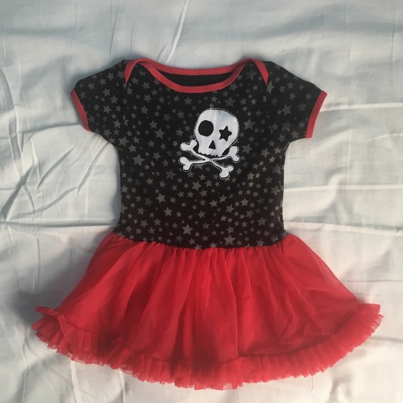 Freeze Other - Freeze 6-9 month red and black skirt outfit